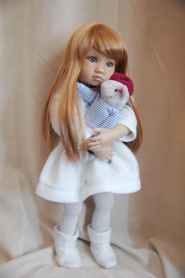 """Est-ce que quelqu'un connait les poupées """"my London girl""""? Dsc_0188"""