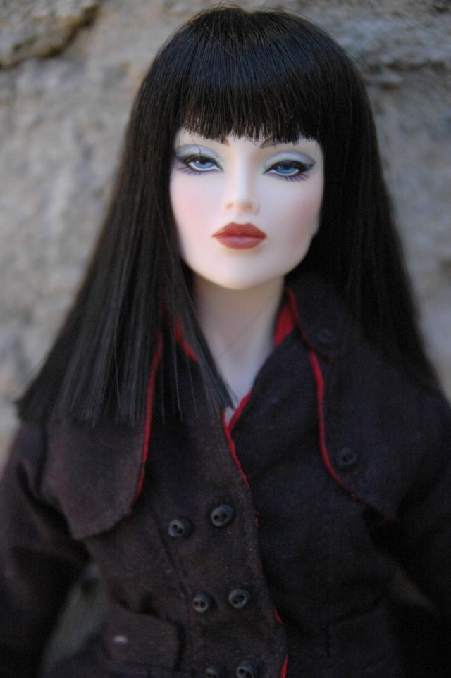 AVANTGUARDS Doll : j'ai repeint la mienne Dsc_0265