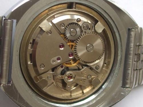 Jaeger -  [Le TOPIC des demandes d'IDENTIFICATION et RENSEIGNEMENTS de montres est ICI] - Page 21 Vendom14