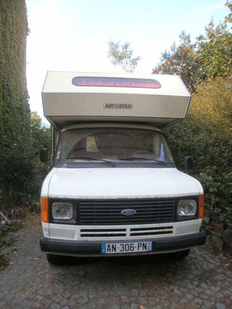 Un petit nouveau avec son ford transit Fordtr10