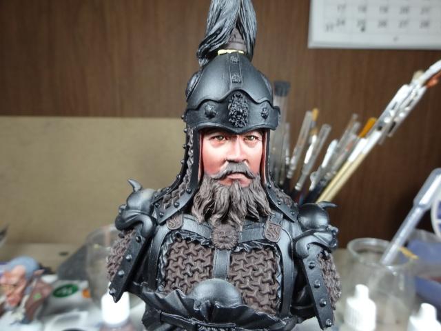 Fin de peinture du Buste Linjos General epoque Tang Dsc01223