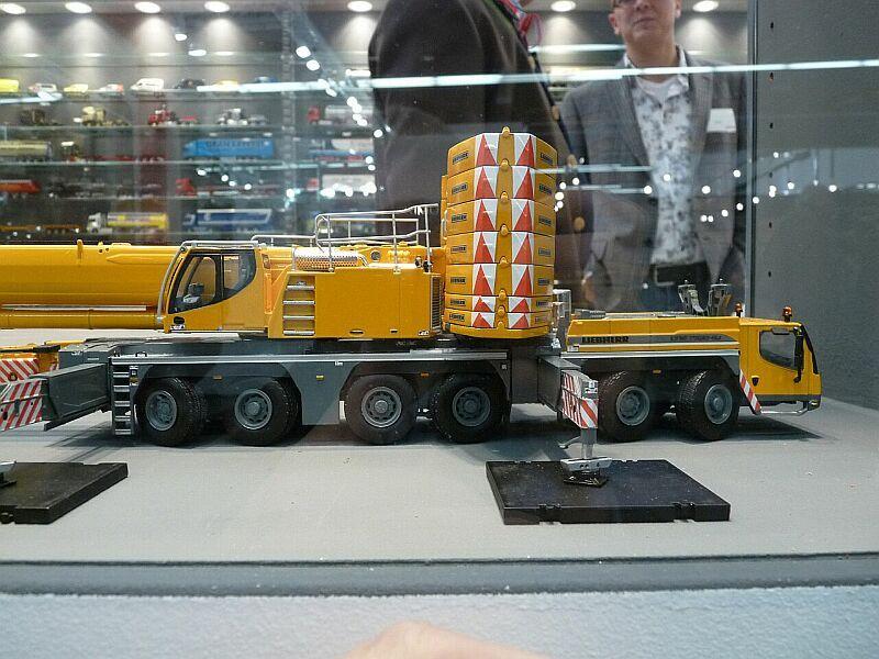 LIEBHERR LTM 1350-6.1 Ltm13511