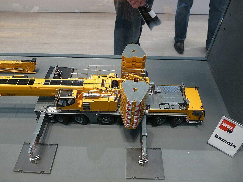 LIEBHERR LTM 1350-6.1 Ltm13512