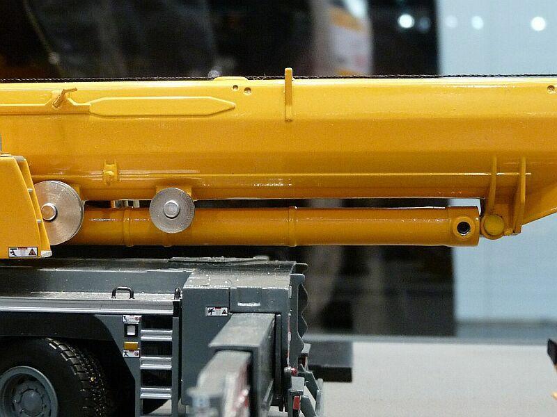 LIEBHERR LTM 1350-6.1 Ltm13513