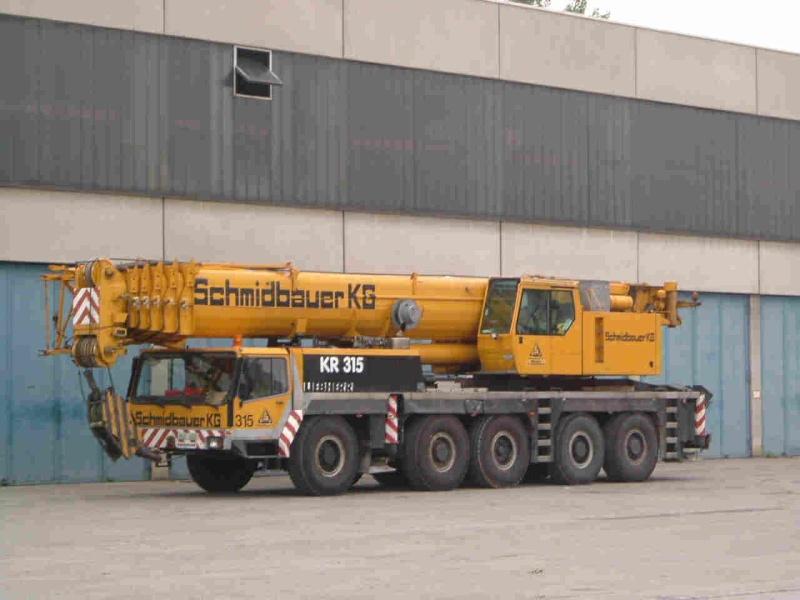 Les grues de SCHMIDBAUER (Allemagne) Schm210