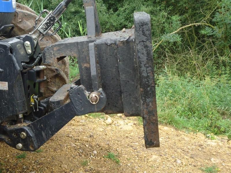 masse de tracteur - Page 3 Dsc00415