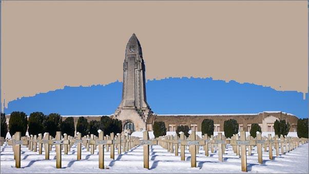 [Histoires et Histoire] Monuments aux morts originaux Français Tome 1 - Page 6 Douaum11