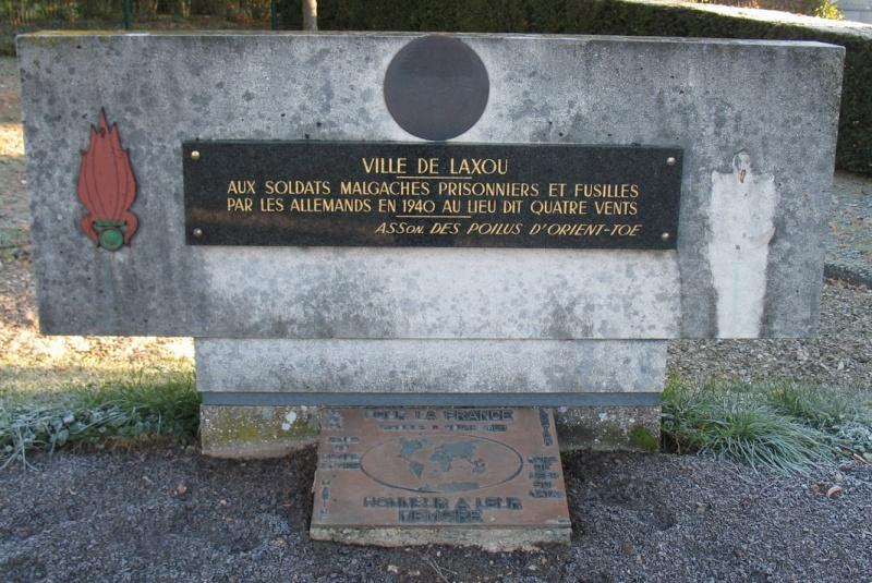 [Histoires et Histoire] Monuments aux morts originaux Français Tome 1 - Page 6 Laxou210