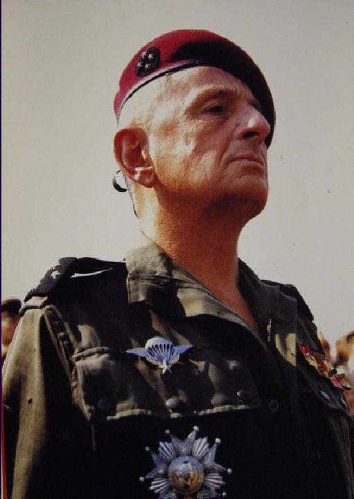 Le général Marcel BIGEARD 16295110