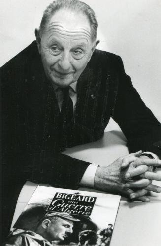 Le général Marcel BIGEARD 20110410