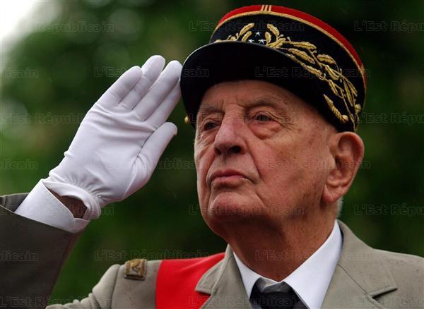 Le général Marcel BIGEARD Ne-a-t11