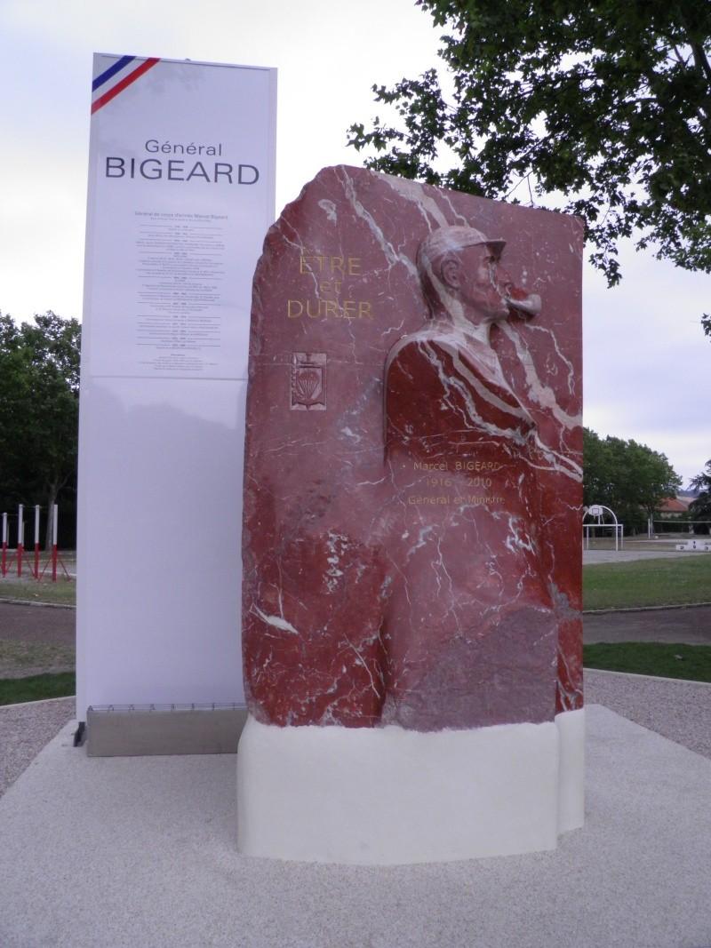 Le général Marcel BIGEARD P6300010