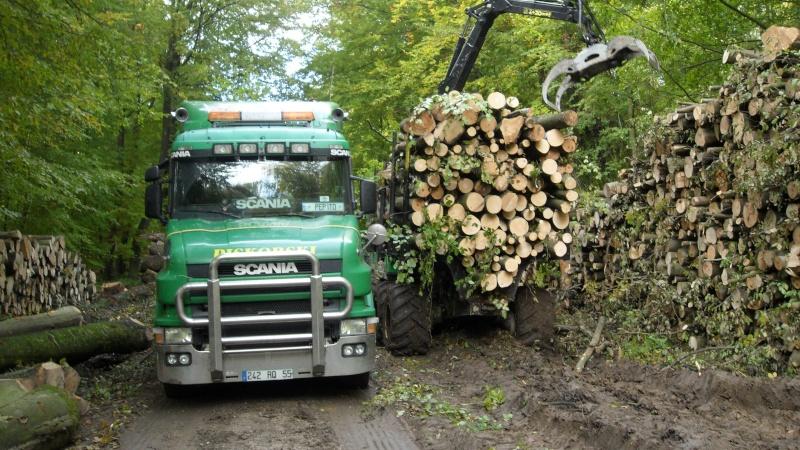 Porteur forestier (John Deere) Porteu13