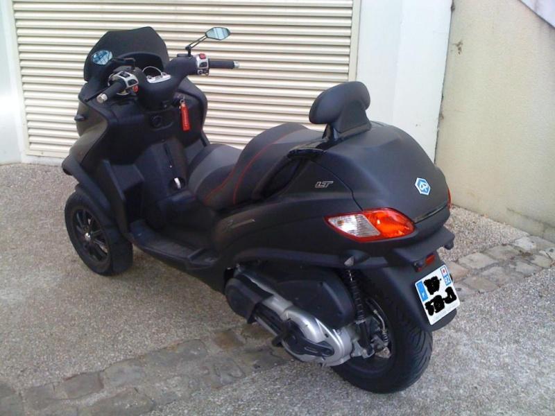 [Vendu] Vends Piaggio mp3 sport 400 lt noir mat Img_0111