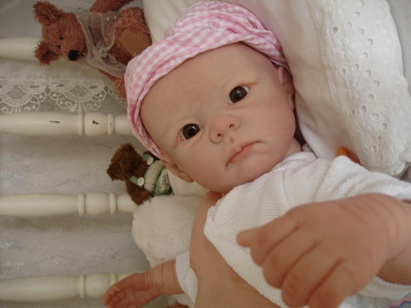 Meine Bethany aber noch ohne Haare als Mogelpackung Dsc04016