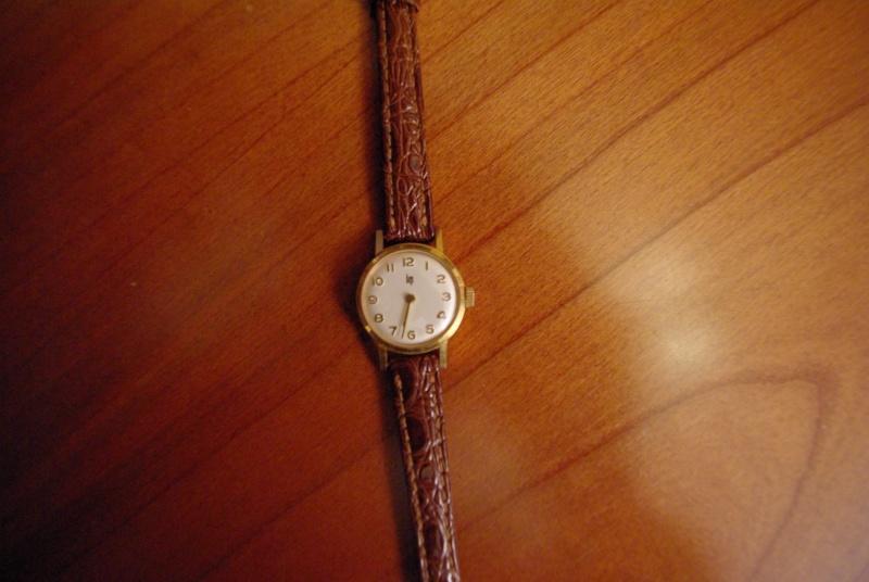 Jaeger -  [Le TOPIC des demandes d'IDENTIFICATION et RENSEIGNEMENTS de montres est ICI] - Page 38 Imgp2510