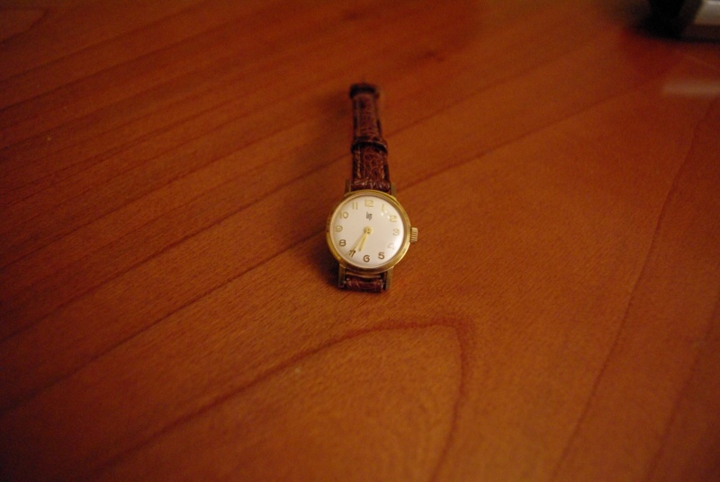 Jaeger -  [Le TOPIC des demandes d'IDENTIFICATION et RENSEIGNEMENTS de montres est ICI] - Page 38 Imgp2511
