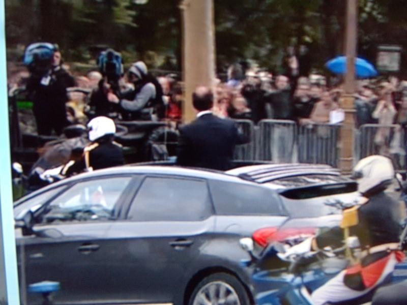 [EVENEMENT] La DS 5, voiture présidentielle - Page 5 Dscn2714