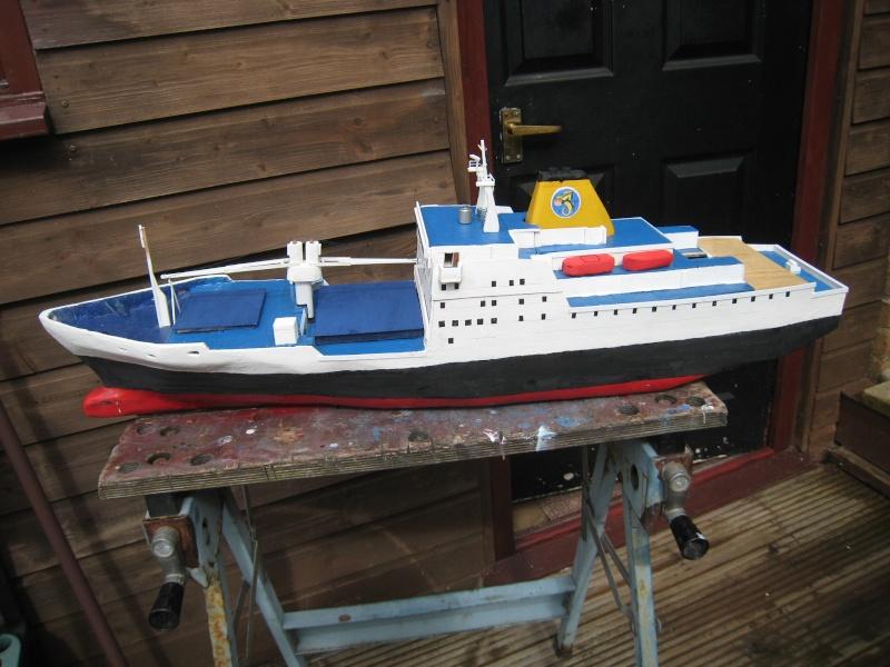 Pride of Bilbao v RMS St Helena Img_9310
