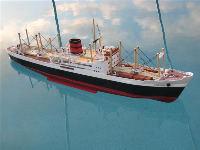 Pacific Envoy Cargo Ship Pacifi12