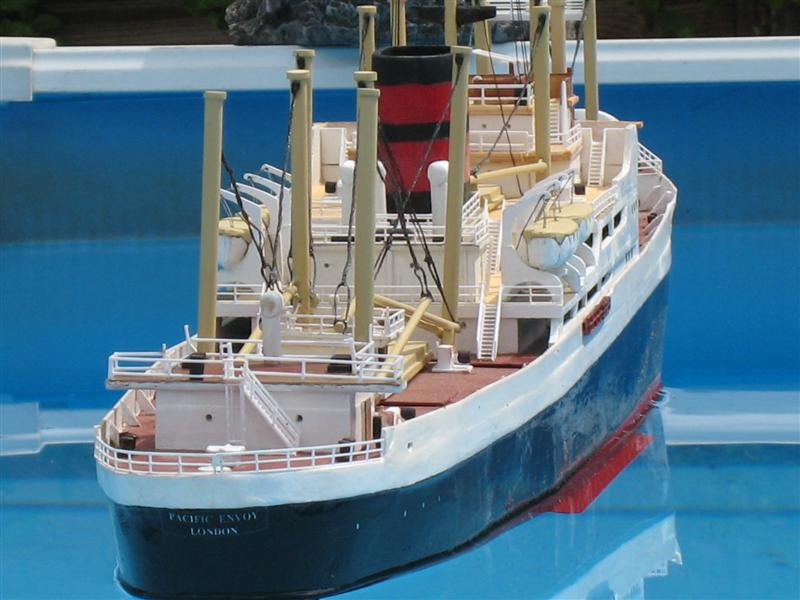 Pacific Envoy Cargo Ship Pacifi13