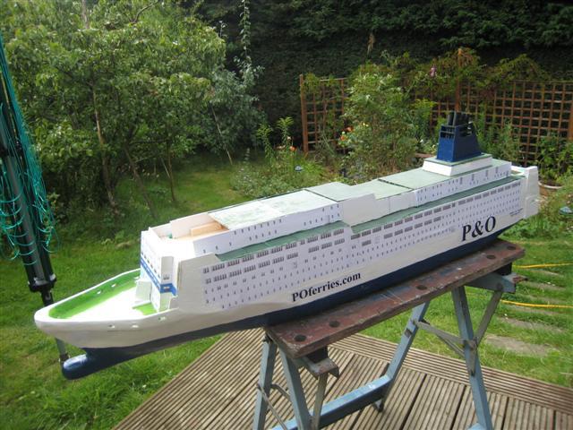 Pride of Bilbao v RMS St Helena Prideb11
