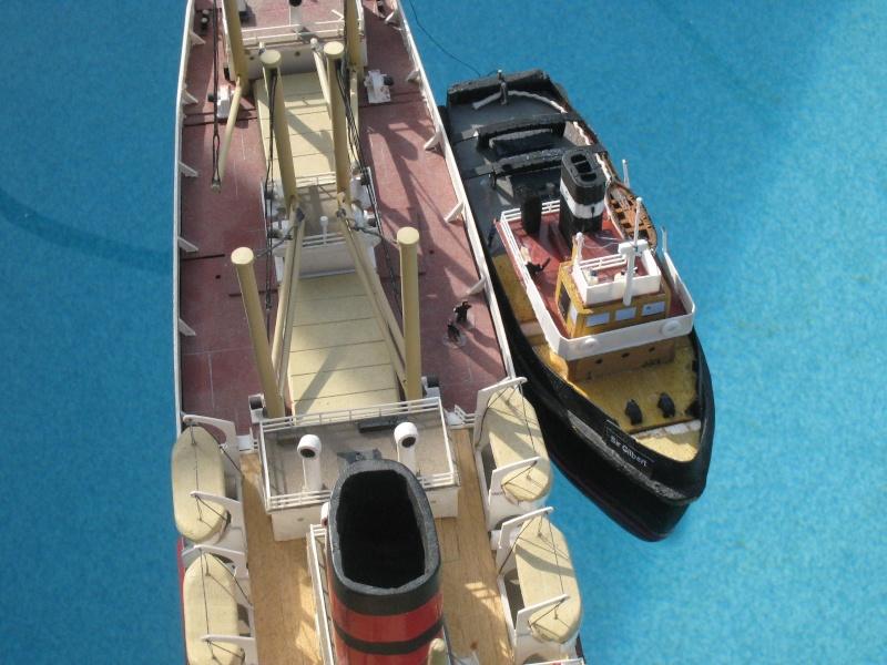 """Small Tug """"Sir Gilbert""""  Top10"""