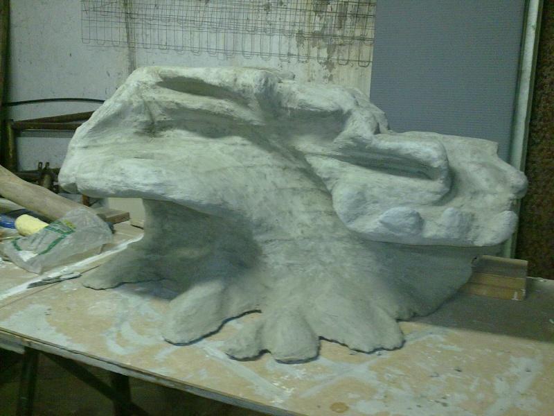 Terrarium MDF avec décor roches + 2-3 autres réalisations en cours 09092011