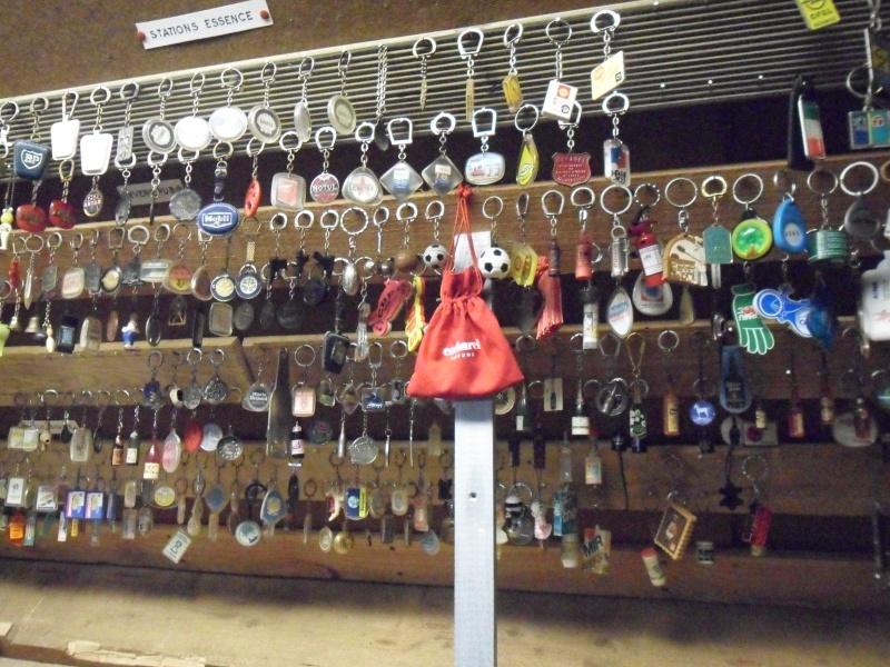 ma collection de porte-clé et de cendriers Sam_0811