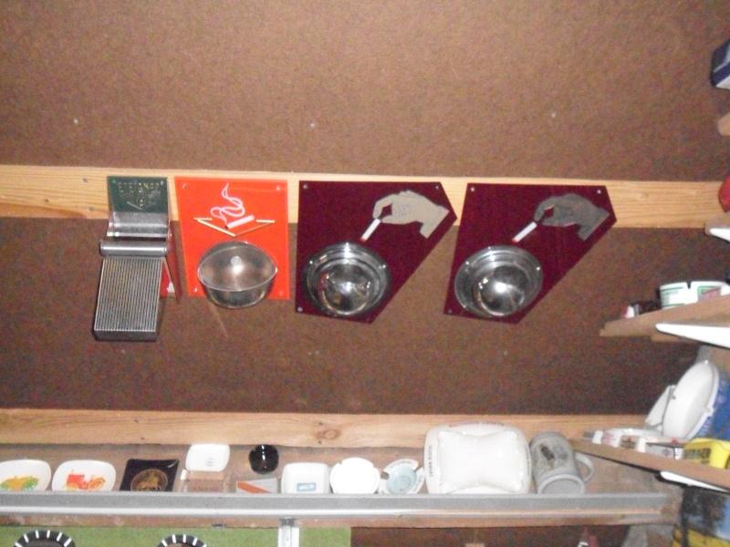 ma collection de porte-clé et de cendriers Sam_0815