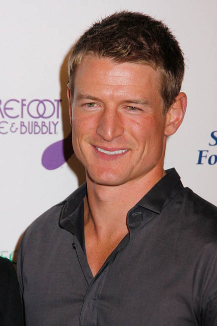 Philip Winchester himself Philli10