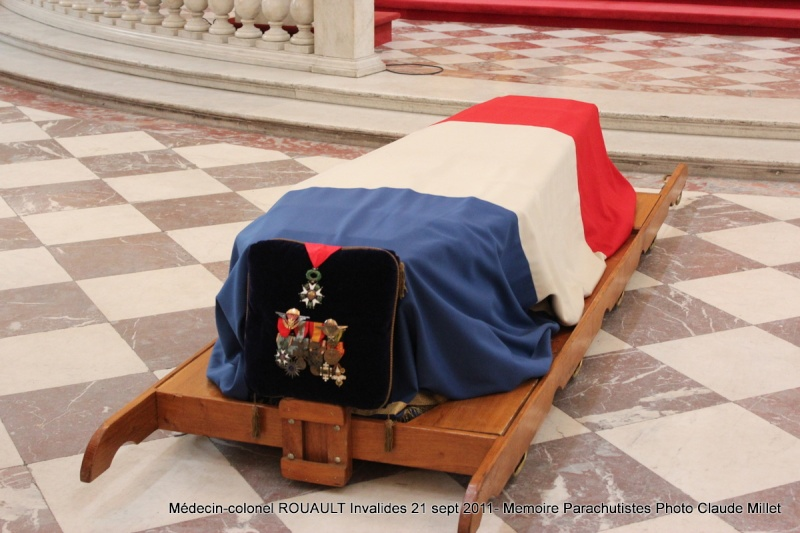 ROUAULT Pierre Médecin-colonel - 5e BPV-8e BPC - 21 septembre 2011 - Invalides cérémonie religieuse Img_0121