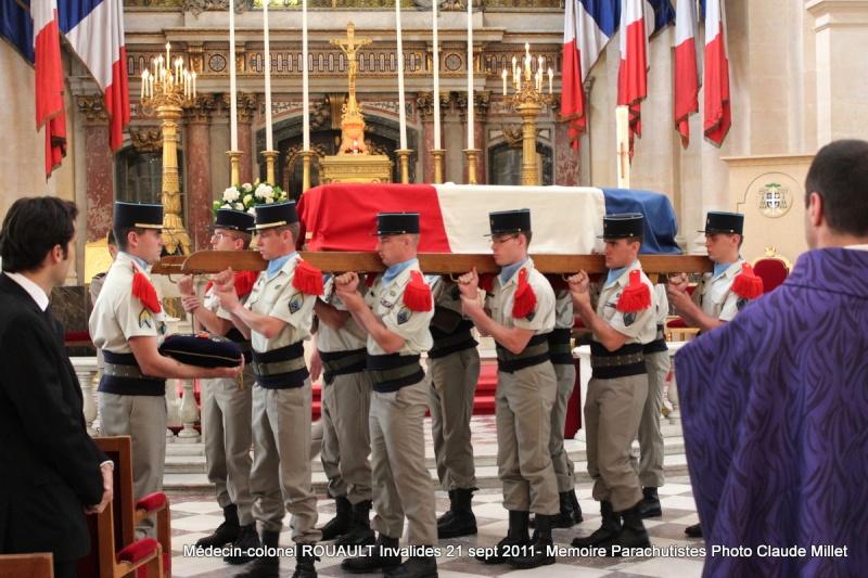 ROUAULT Pierre Médecin-colonel - 5e BPV-8e BPC - 21 septembre 2011 - Invalides cérémonie religieuse Img_0126