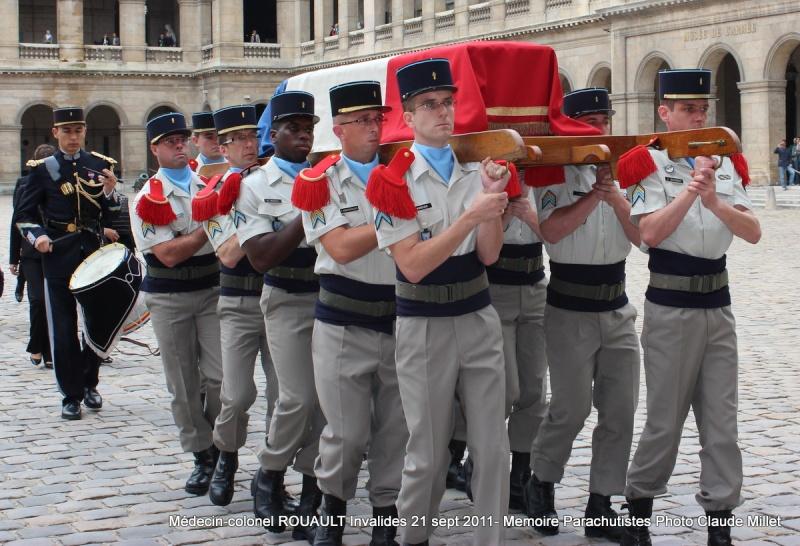 ROUAULT Pierre Médecin-colonel - 5e BPV-8e BPC - 21 septembre 2011 - Invalides cérémonie religieuse Img_0131