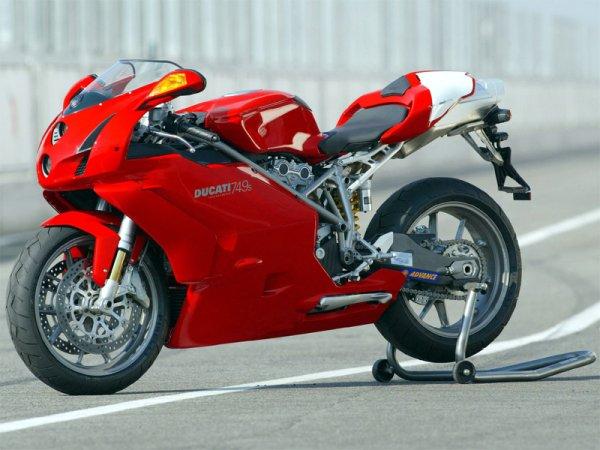 Le sujet des motards :) - Page 3 05240410