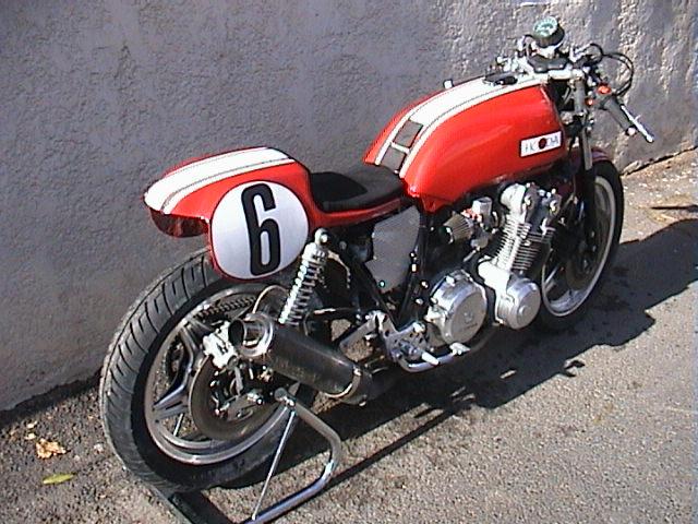 Le sujet des motards :) - Page 3 Img42a10