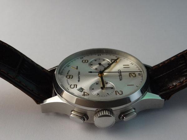 Le club des proprios de Chronographe russe :-) Stre10