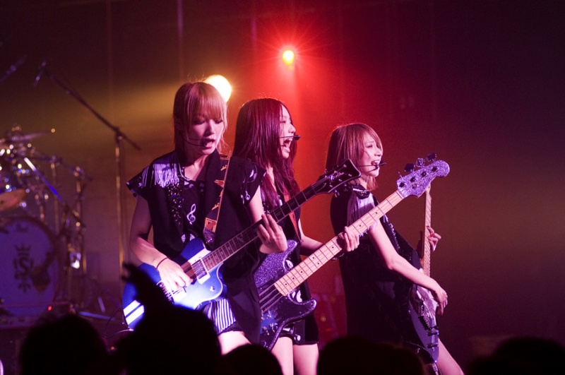 SCANDAL VIRGIN HALL TOUR 2011「BABY ACTION」 - Page 3 _big0511