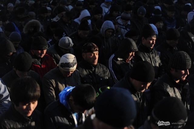 Уруза-байрам. Десятки тысяч мусульман вышли на улицы Москвы. Guicsx10