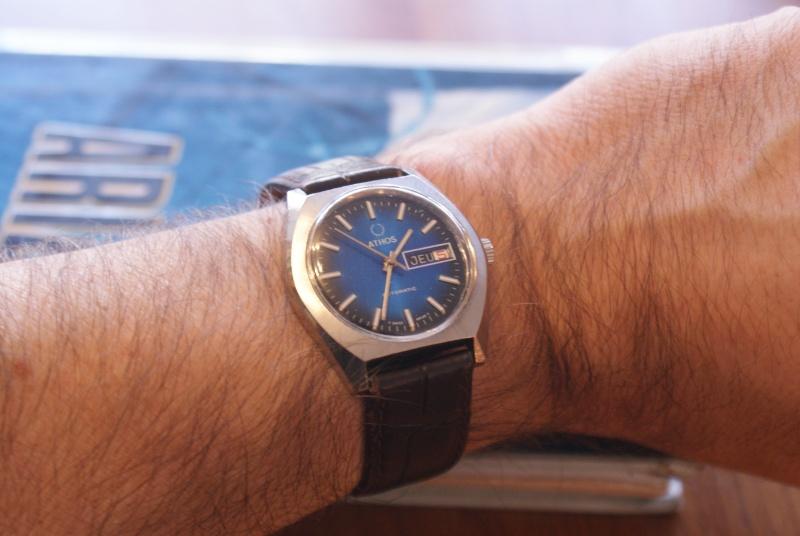 Jaeger -  [Le TOPIC des demandes d'IDENTIFICATION et RENSEIGNEMENTS de montres est ICI] - Page 39 Dsc00515