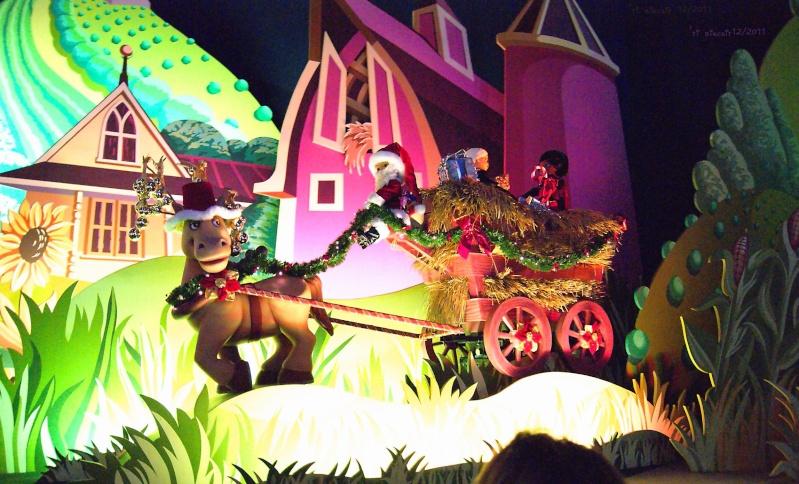 It's small world re- décoré  pour Noël - Page 6 Iasw210