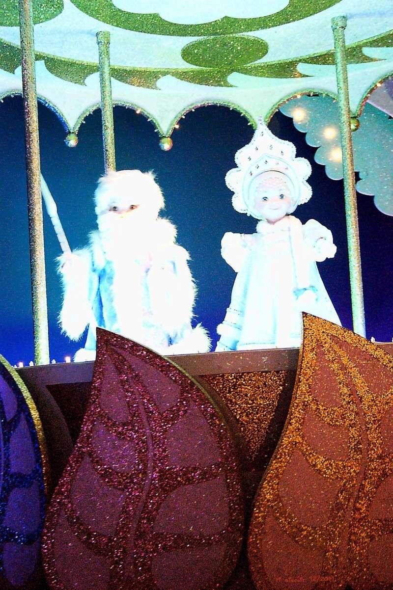 It's small world re- décoré  pour Noël - Page 6 Iasw310