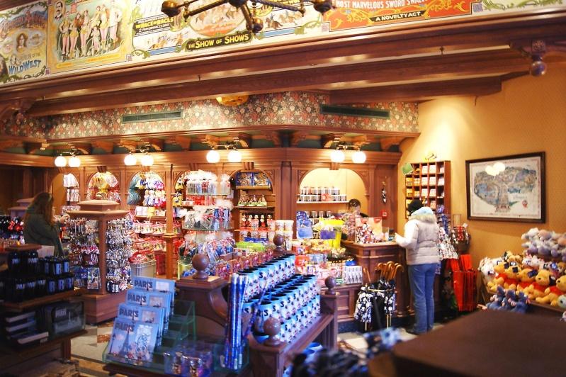 Descriptif des boutiques du Parc Disneyland (en construction) Weast_15
