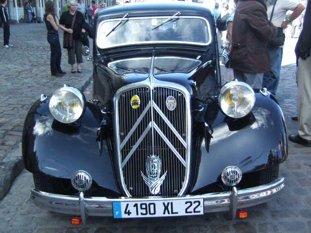 Les 75 ans de la traction avant à Arras Bild0115