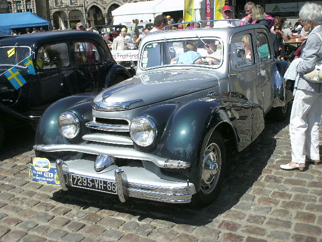 Les 75 ans de la traction avant à Arras Pict0011
