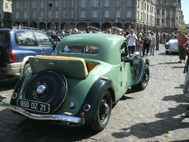 Les 75 ans de la traction avant à Arras Pict0016
