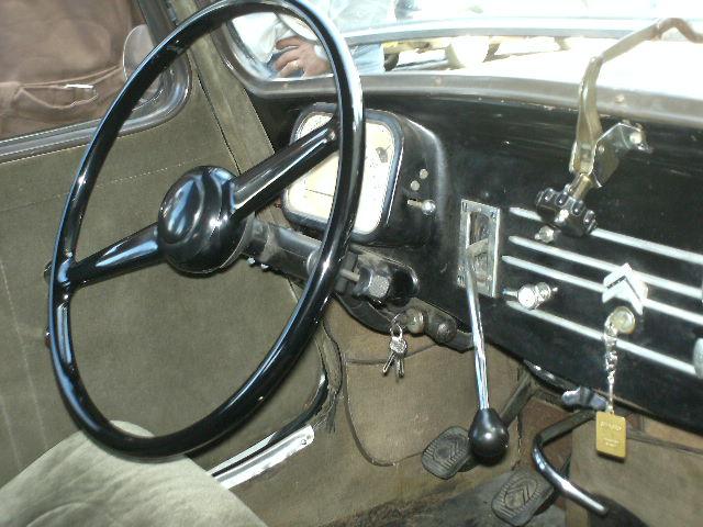 Les 75 ans de la traction avant à Arras Pict0022