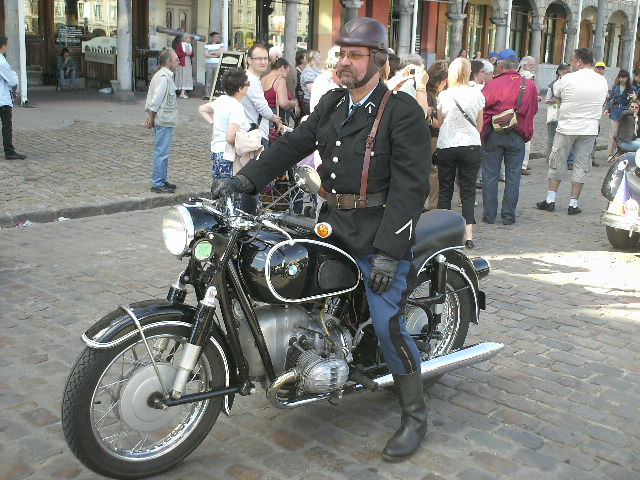 Les 75 ans de la traction avant à Arras Pict0025