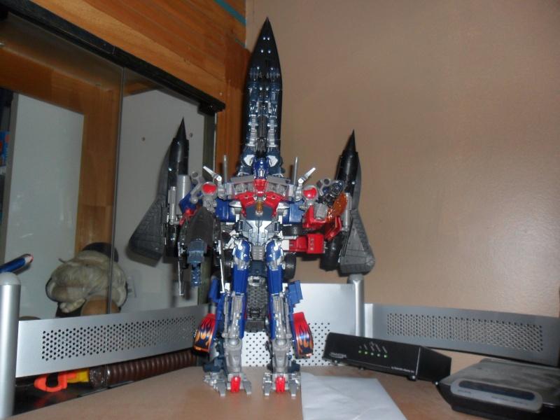 Vos montages photos Transformers ― Vos Batailles/Guerres | Humoristiques | Vos modes Stealth Force | etc Booste10