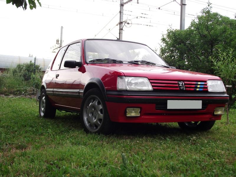 [David84] 205 GTI 1.6L 115cv Rouge Vallelunga 1992 - Page 5 Dscf2455
